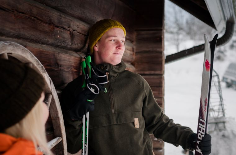 Puukarin Pysäkki ennen hiihtoa